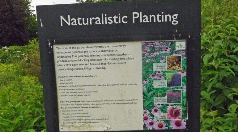 180616 Ryton Organic Gardens (05) Natuurlijke beplanting bord