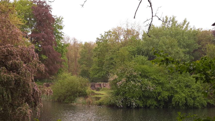 Ruïnes van landhuis Hemmen